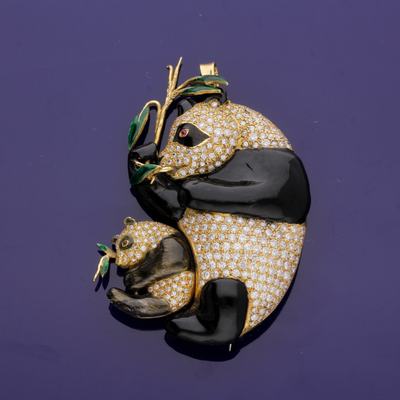 18ct Yellow Gold Enamel and 2.50ct Diamond Panda Brooch/Pendant