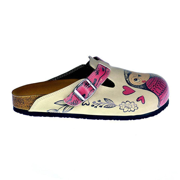 CALCEO Cream and Pink Love Owl Patterned Clogs - CAL316 Women Clogs Shoes - Goby Shoes UK