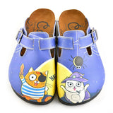 CALCEO Blue Moon Light and Naughty Cat Patterned Clogs - WCAL352 Women Clogs Shoes - Goby Shoes UK