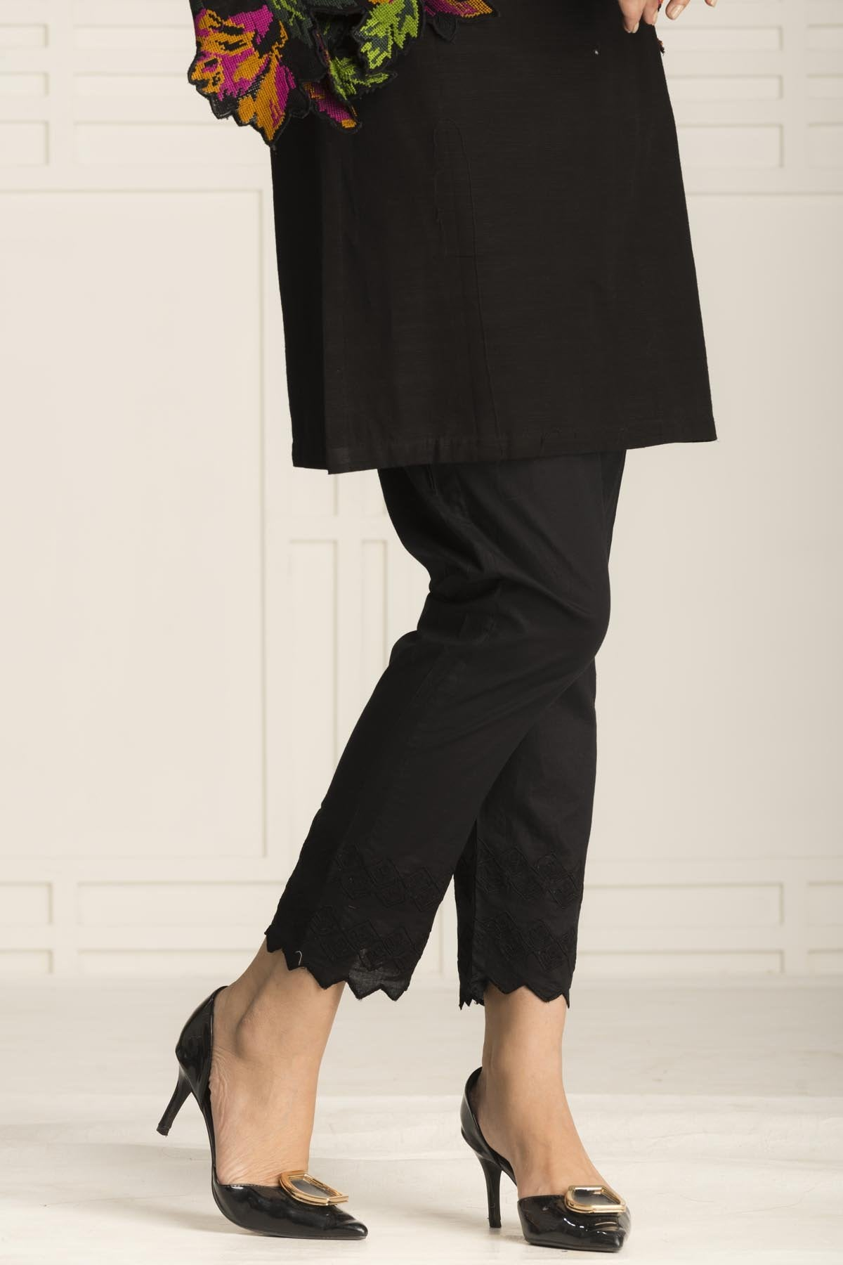 Black Wonder Trouser