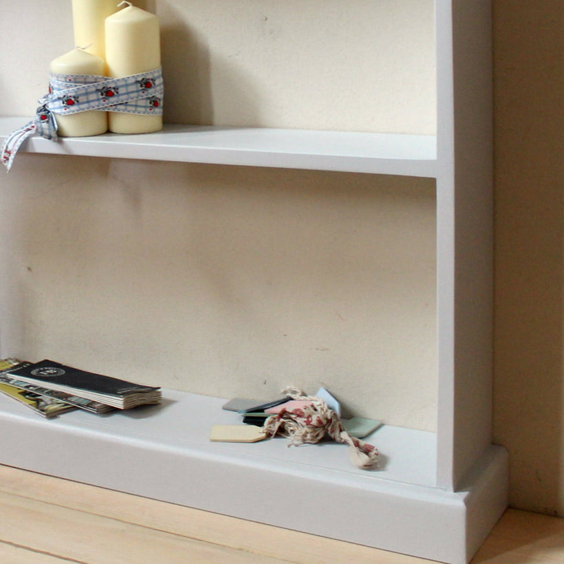 FREE STANDING BOOKCASES