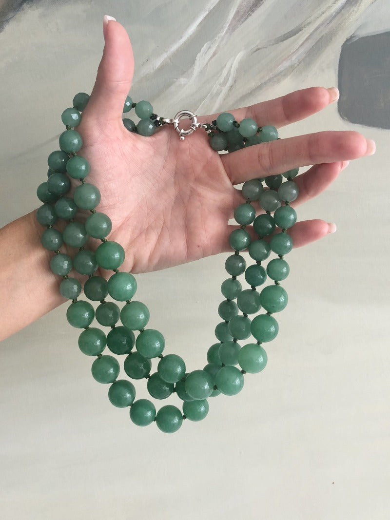 details of the green aventurine gemstone necklace