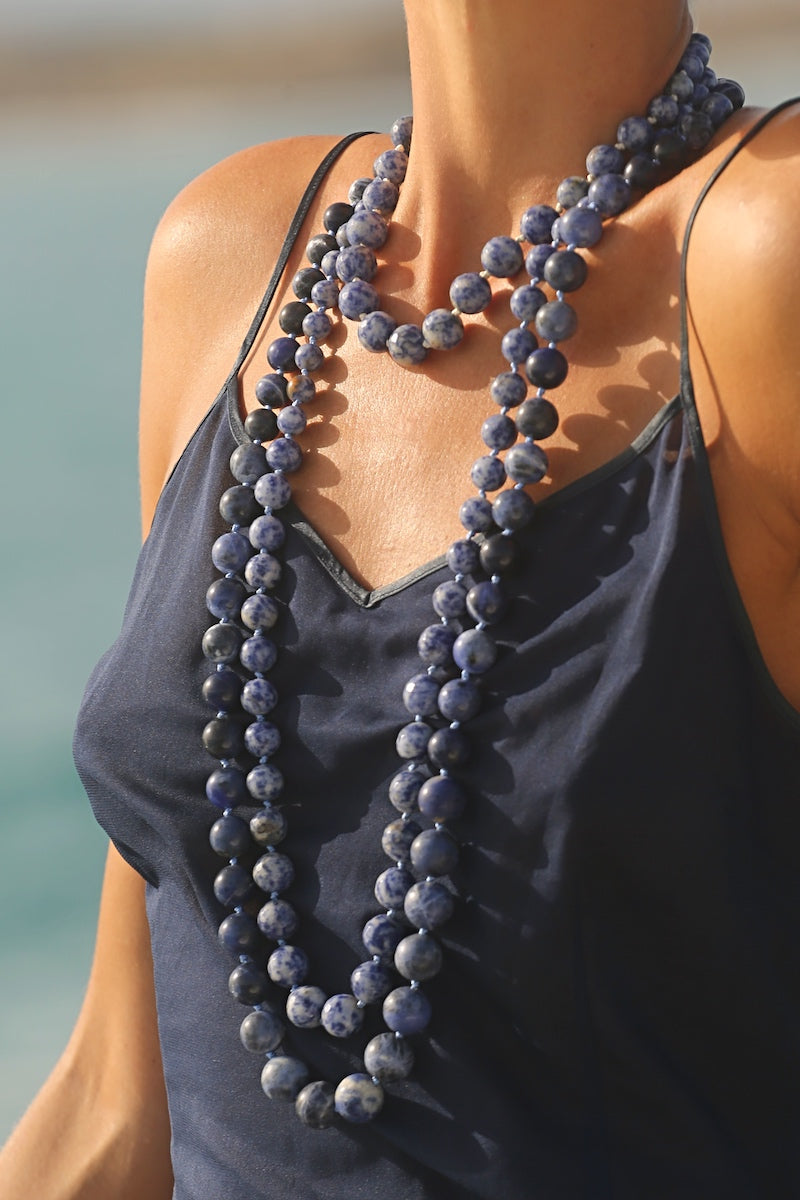layer blue gemstone necklaces for your daily outfit