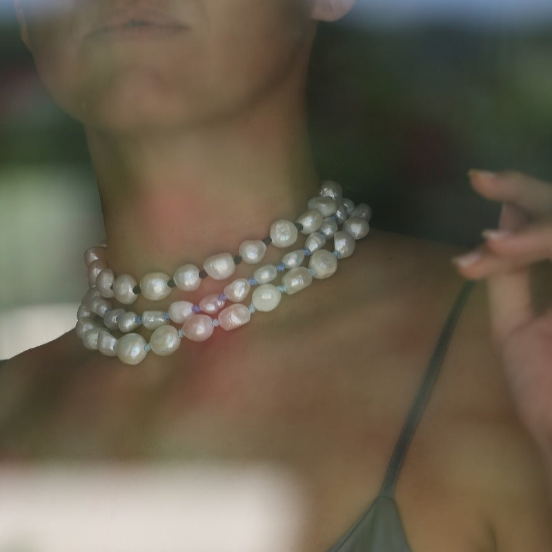 wear pearl necklaces every day