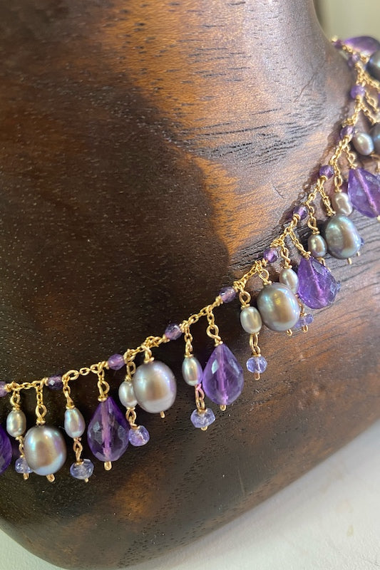 gold anklet with pearls and amethysts gemstones