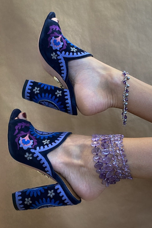 layer amethyst anklets