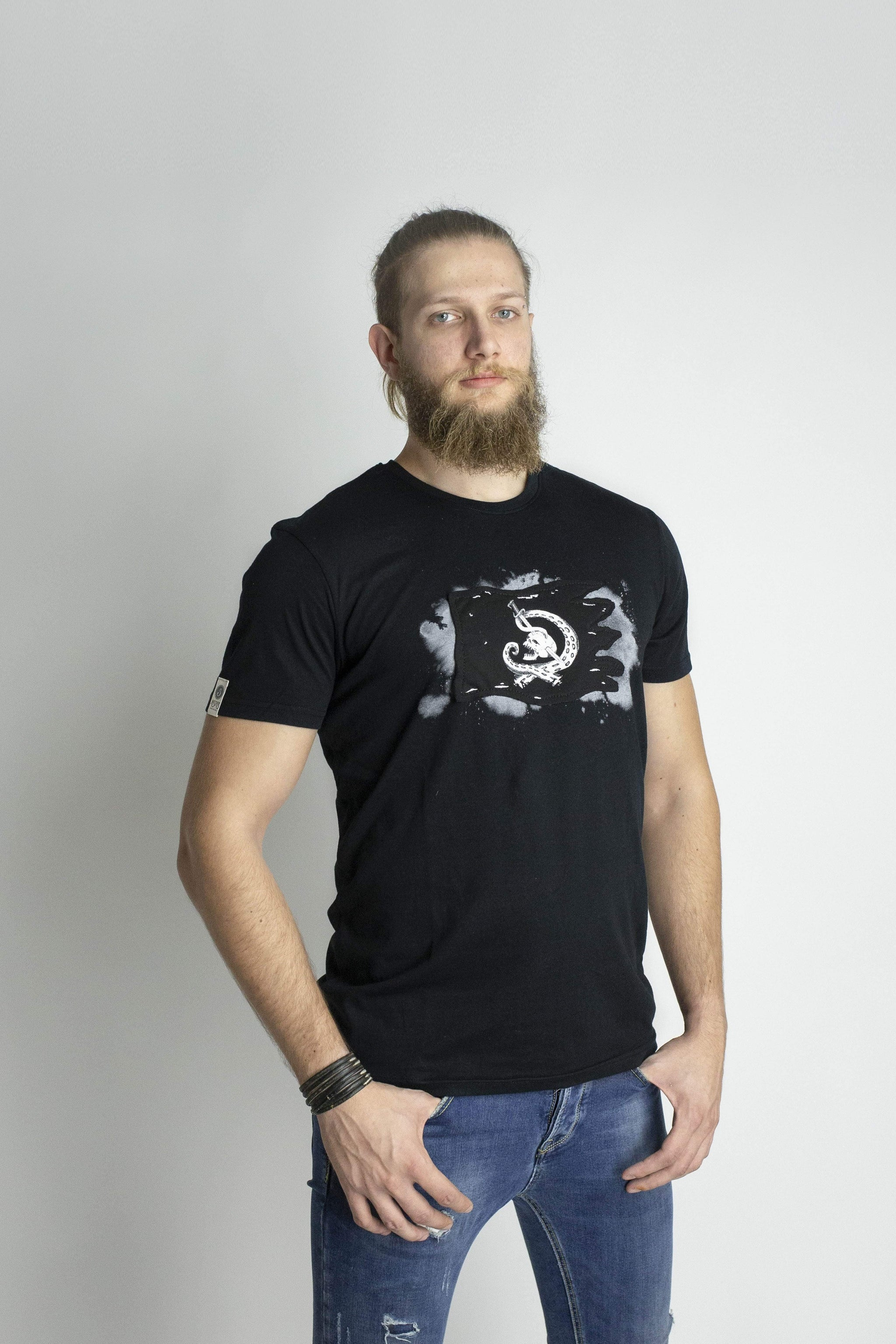 ASPISWEAR Tutti i Prodotti T-shirt KrakenFlag Uomo sustainable fashion ethical fashion