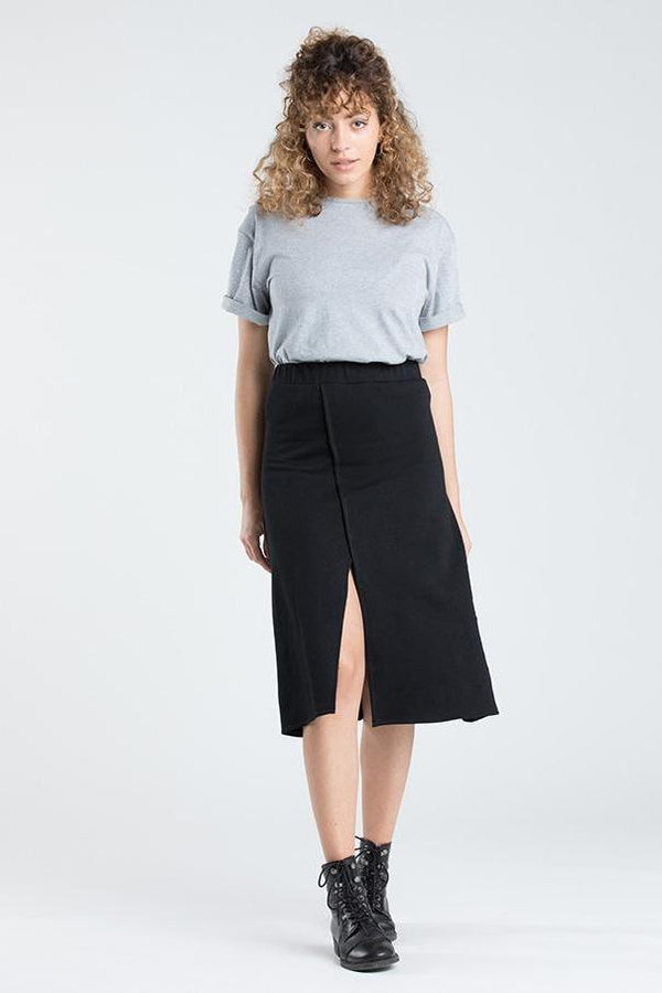 [eyd] skirt Black Skirt in Organic Cotton. sustainable fashion ethical fashion