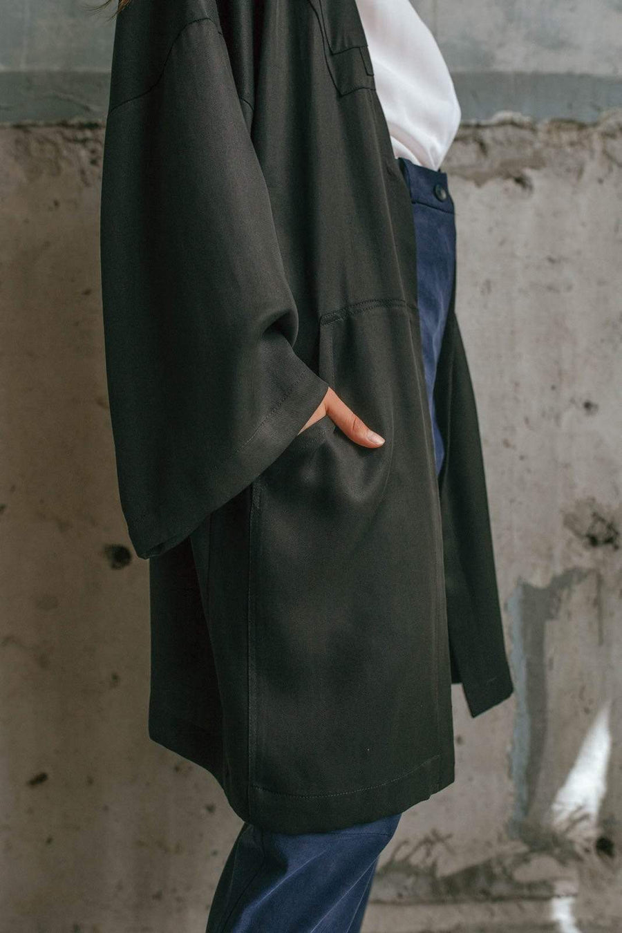 Framiore Browse the collection black KONG coat sustainable fashion ethical fashion
