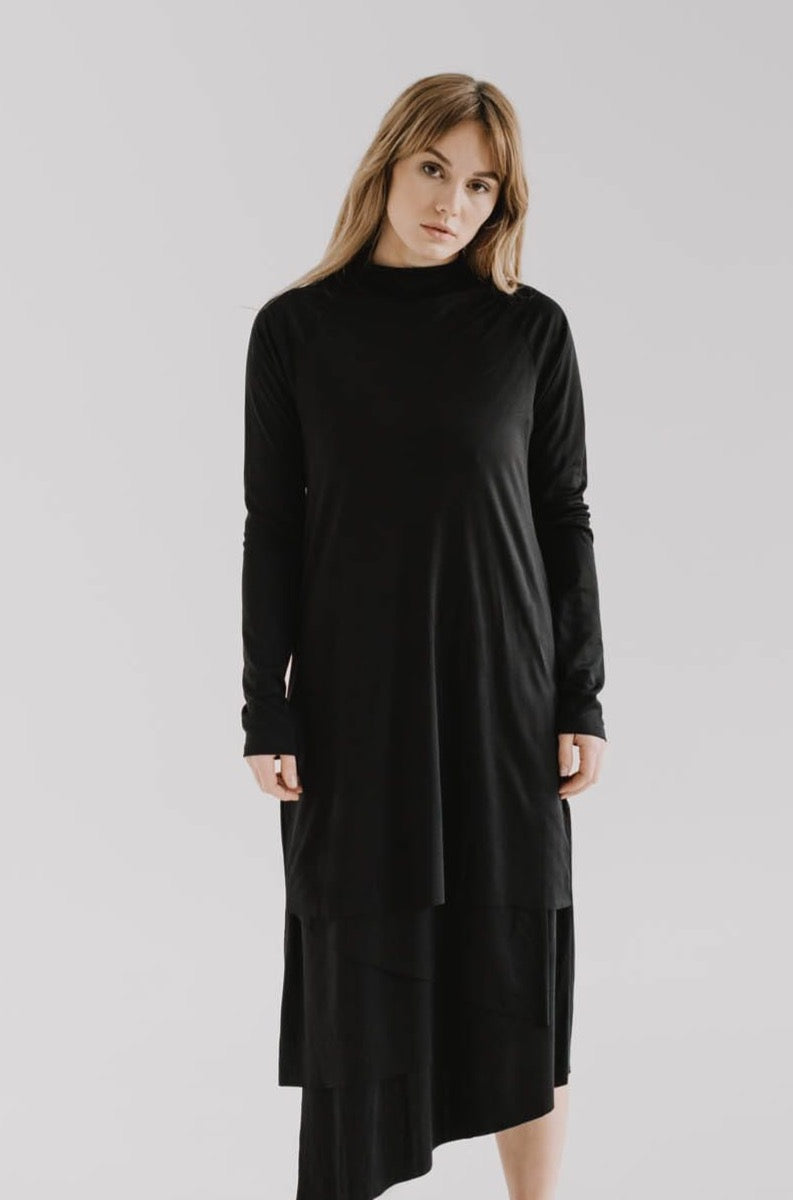 LUNG Longsleeve Dress in Lyocell.