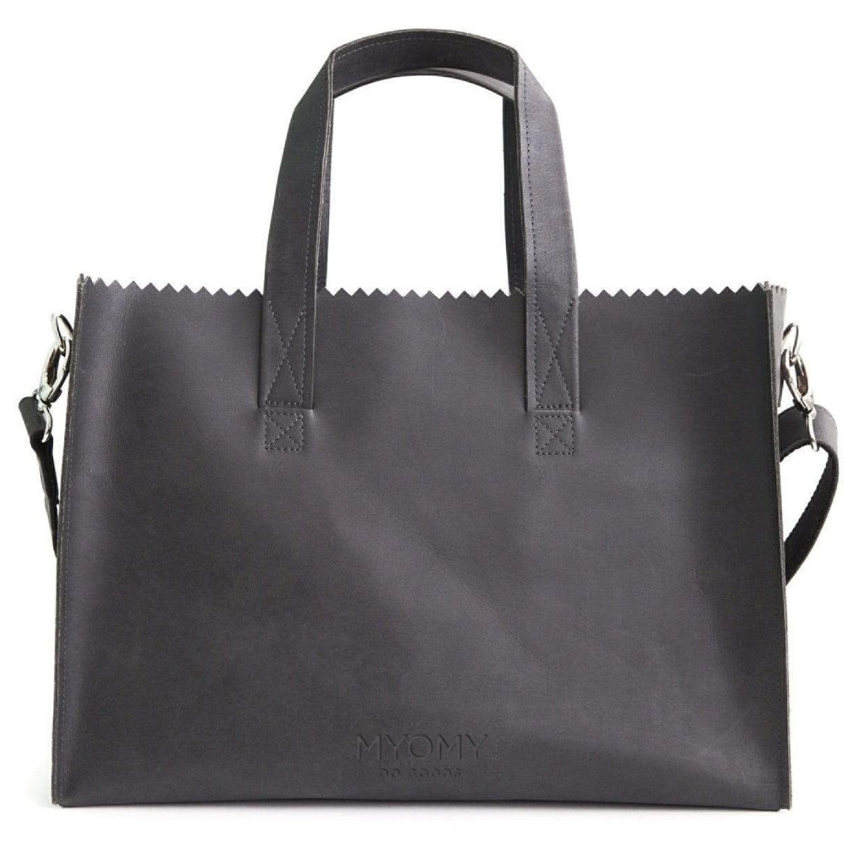 Goodforall bv Workbags Hunter Off Black MY PAPER BAG Baby in Leather and Recycled PET. sustainable fashion ethical fashion