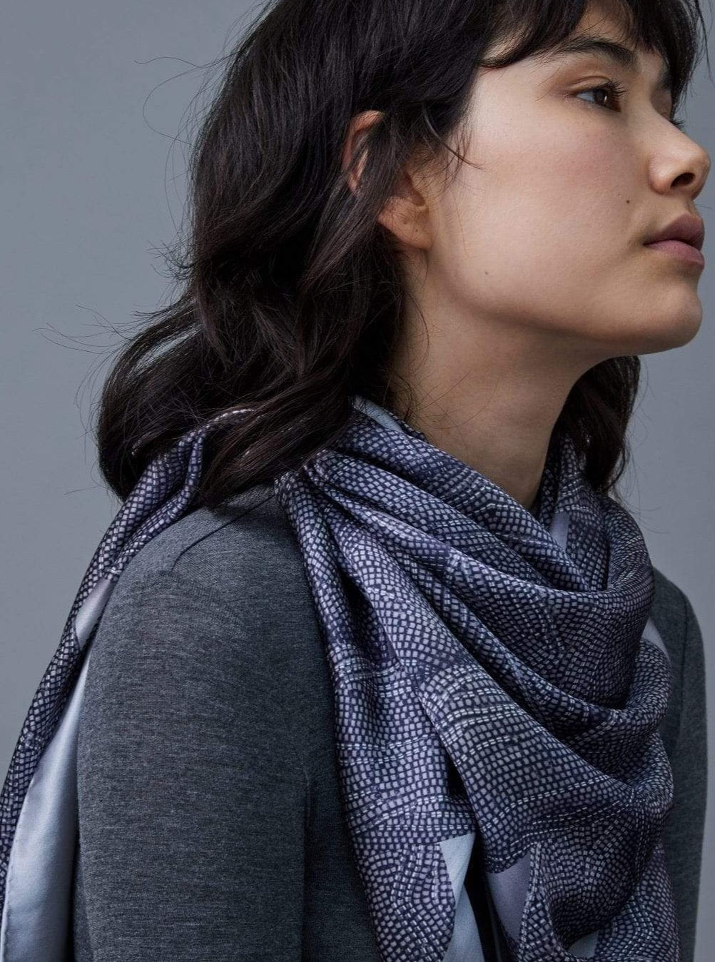 Sustainable Scarf in Peace Silk.