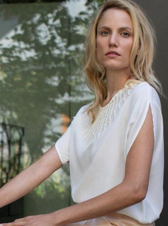 Manakaa Project UG tops Off-White Shirt in Peace Silk and MIYUKI beads sustainable fashion ethical fashion