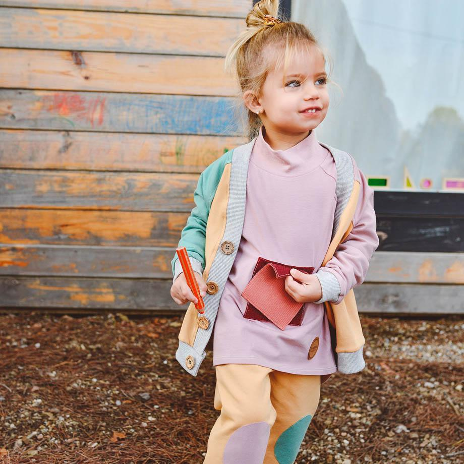 Mimookids Barcelona pants Pant Pull-me-up Organic Sweat Sand & Apple & Rose sustainable fashion ethical fashion