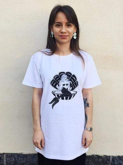 Mori Collective top Mermaid T-Shirt in Recycled Cotton and Polyester. sustainable fashion ethical fashion