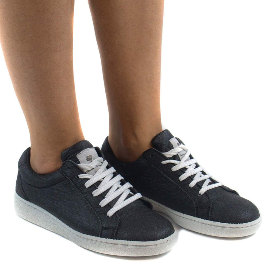 Nae shoe Basic Sneakers. Pineapple Leaf Fibres. sustainable fashion ethical fashion