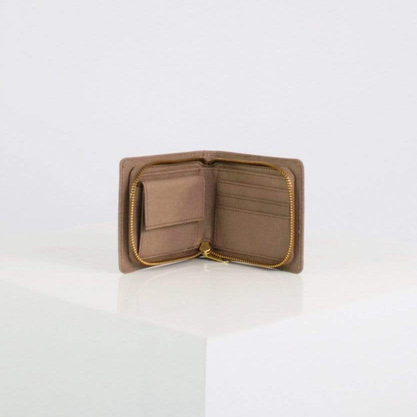NUUWAÏ UG wallets soft taupe Erika Wallet in Apple Leather and Ocean PET Waste. sustainable fashion ethical fashion