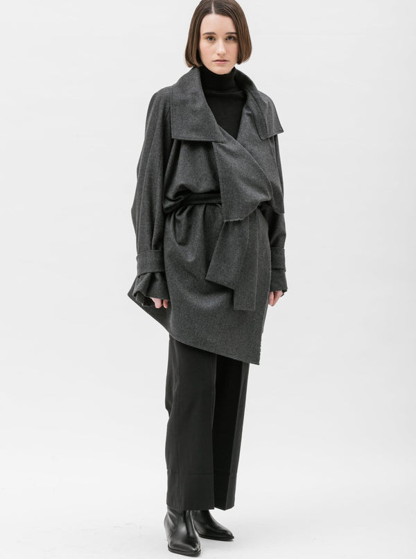 Zerobarracento di Carrara Camilla coats Alex Trench Coat in Upcycled Wool. sustainable fashion ethical fashion