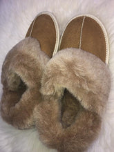 sheepskin slippers in beige