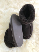 cosy brown sheespkin slippers