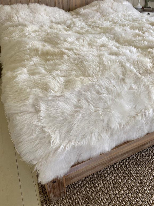 luxurious sheepskin bed cover