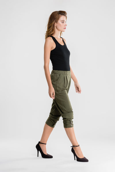 Fitted Cuff Harem Pants with Buckles