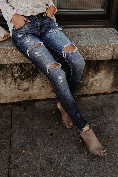Distressed Frayed Skinny Jeans