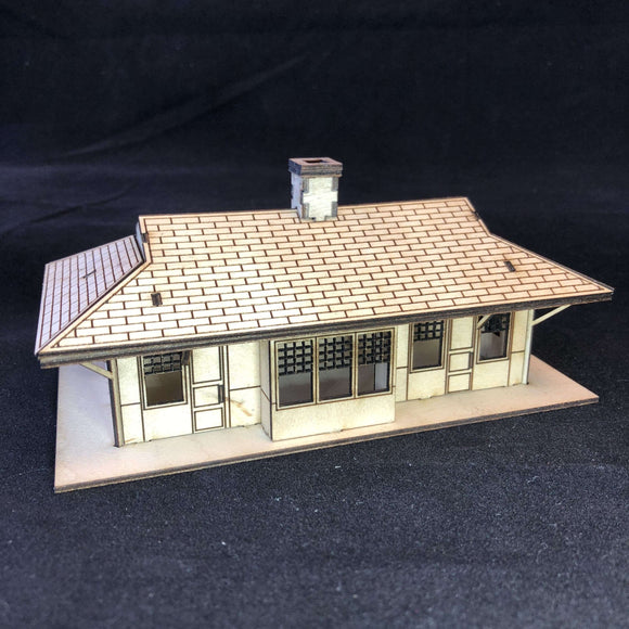 Red Berry Crafts Ltd:Train Station Depot HO/OO Scale Model