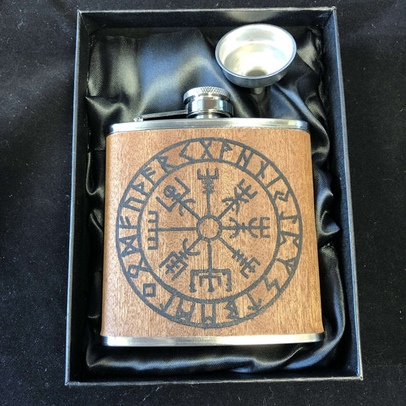 Red Berry Crafts Ltd:Vegvisir, The Viking Compass Engraved Hip Flask