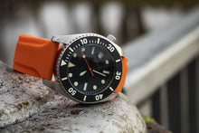 Enoksen Two Piece Rubber Watch Strap - Orange (20, 22 & 24mm)
