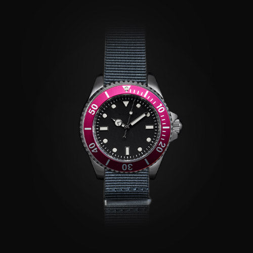 Enoksen 'Dive' E02/H Pink - Hybrid Diver's Watch - 41mm