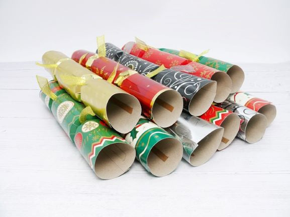 9 inch Christmas Crackers Pack of 100 - GM Packaging (UK) Ltd