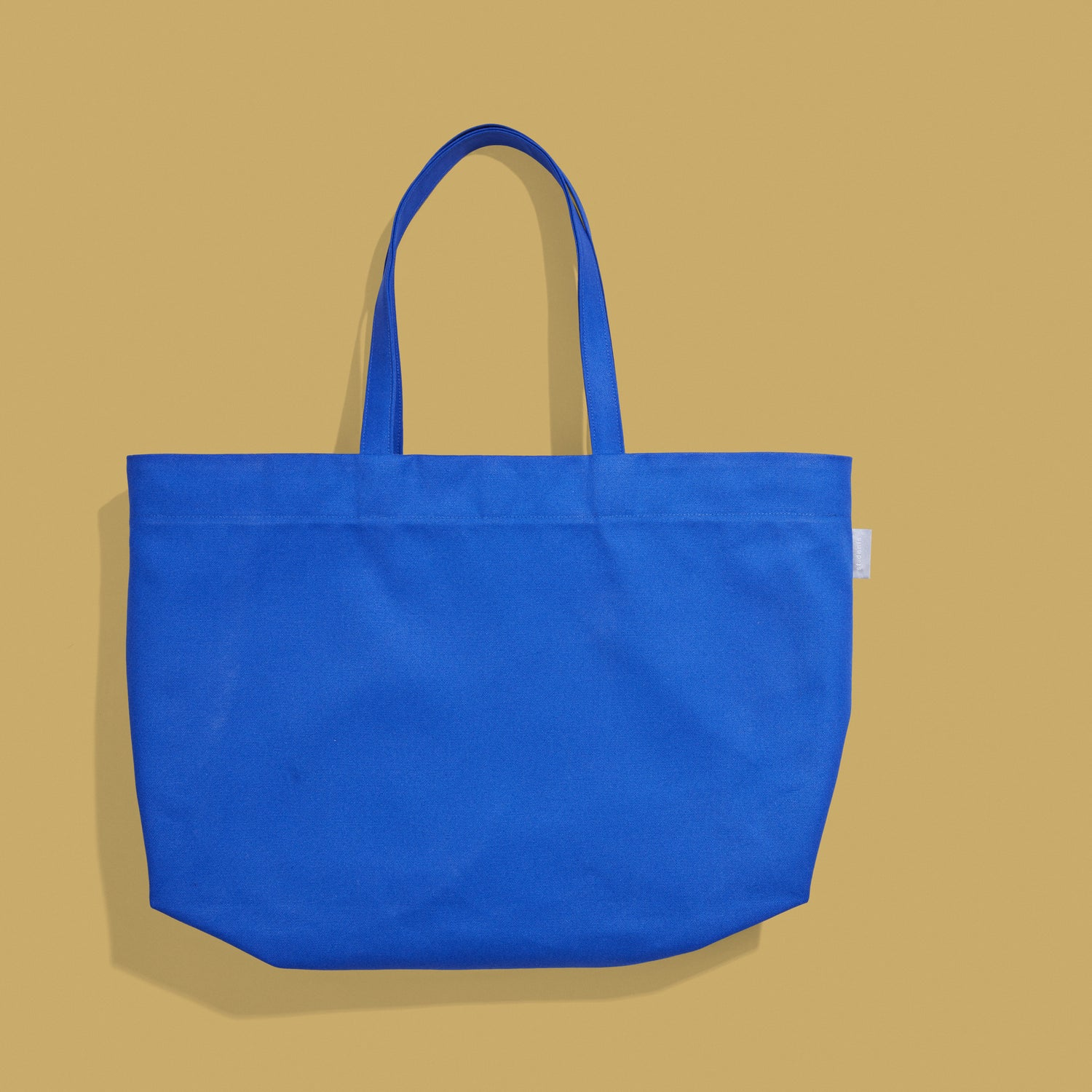 Sold out<br>Tote oversize Couleur bleu