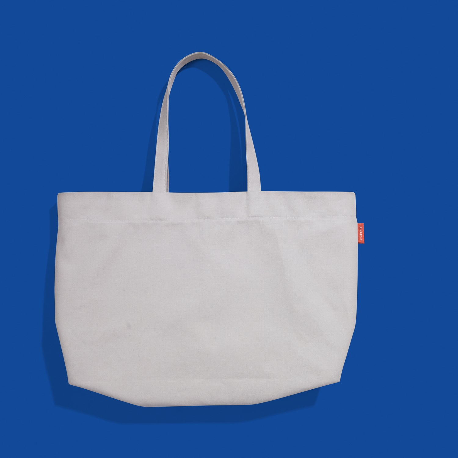 Sold out<br>Tote oversize Couleur gris