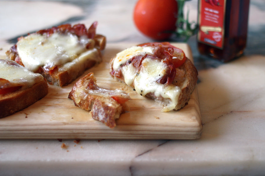 Prosciutto, mozzarella and tomato on toast recipe