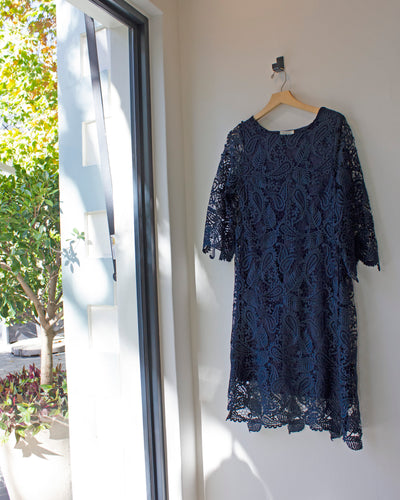 Lace Dress Navy | Coppélia