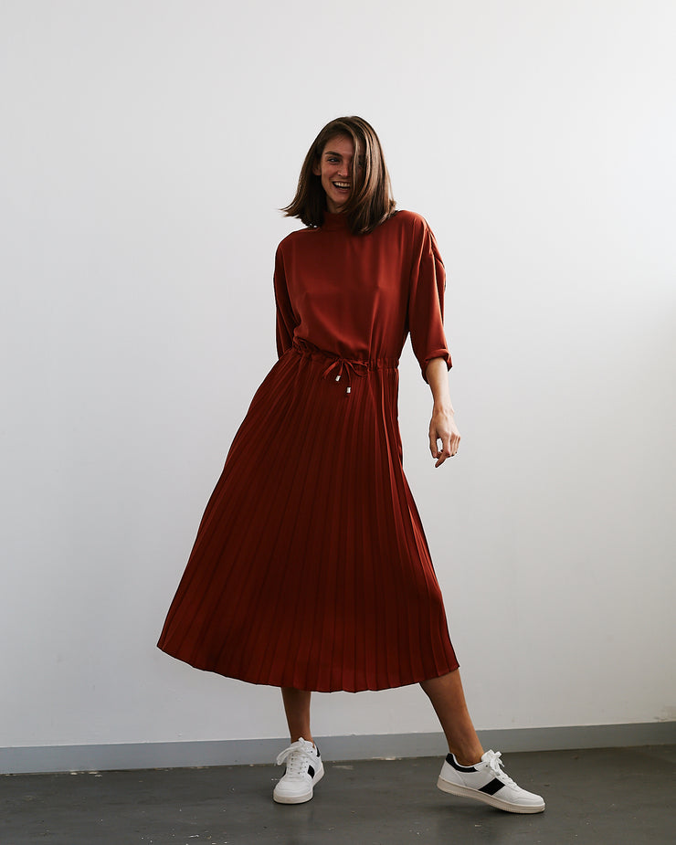 Drawstring Pleated Dress Rust | Me&B