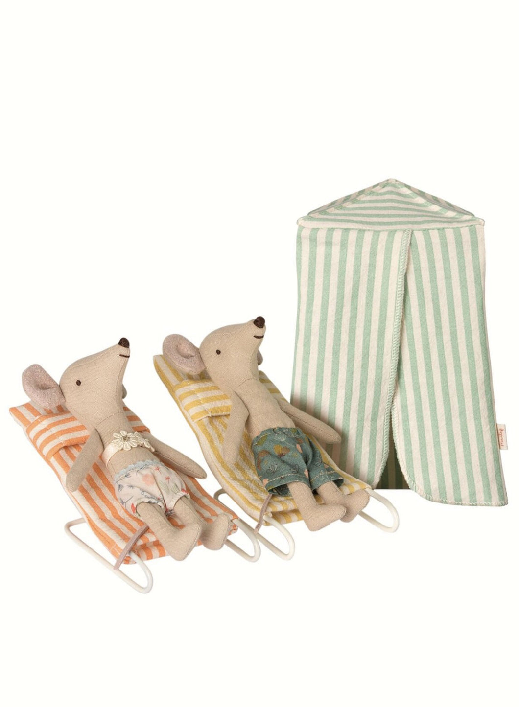 Mouse Vacation set with beach tent