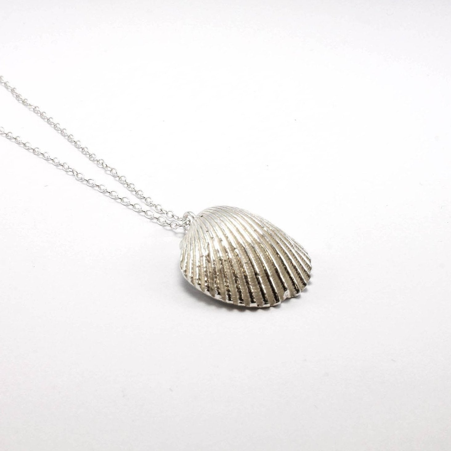 Big Shell Necklace