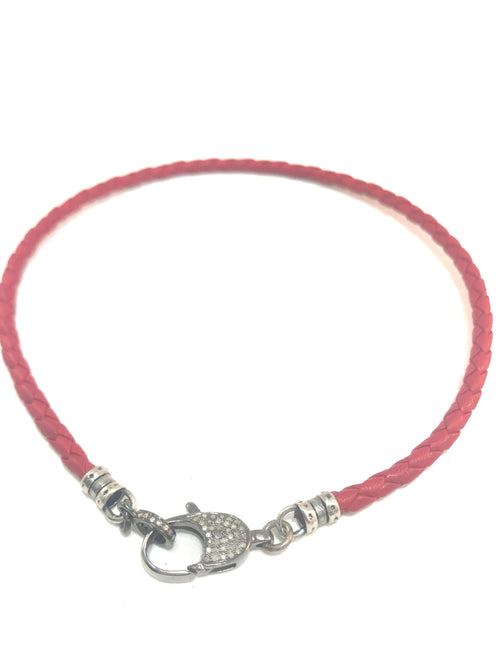 Red Leather and Diamond Clasp Short Necklace