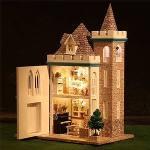DIY Moonlight Dolls House