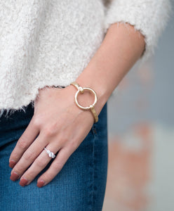 Circle Bracelet | Gold | Accessories | Bailey Nicole