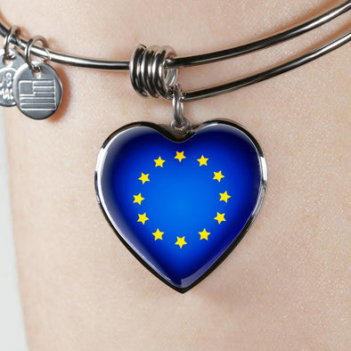 EU Flag Heart Pendant Bangle - lottierocks