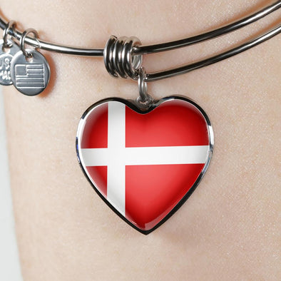 lottierocks:Denmark Flag Heart Pendant Bangle