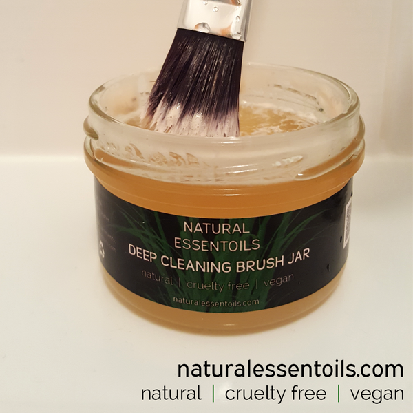 Make Up Brush Cleaner natural cruelty free vegan plastic free