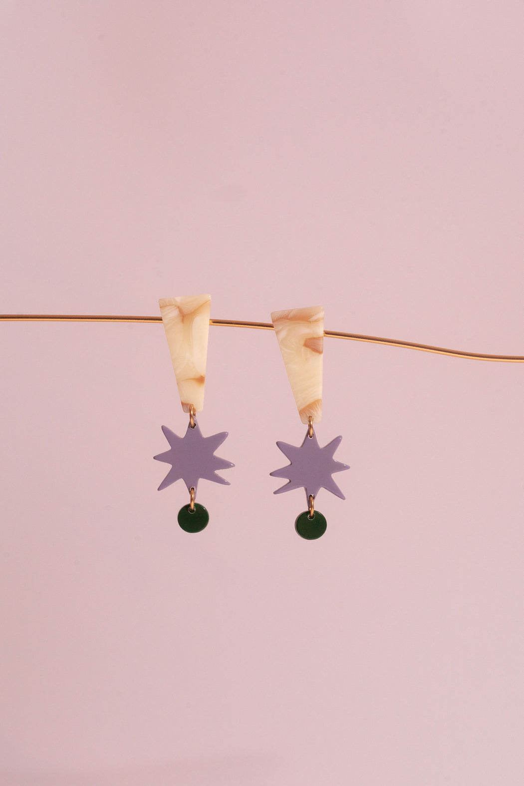 APRÈS SKI BAYE LILAS EARRINGS