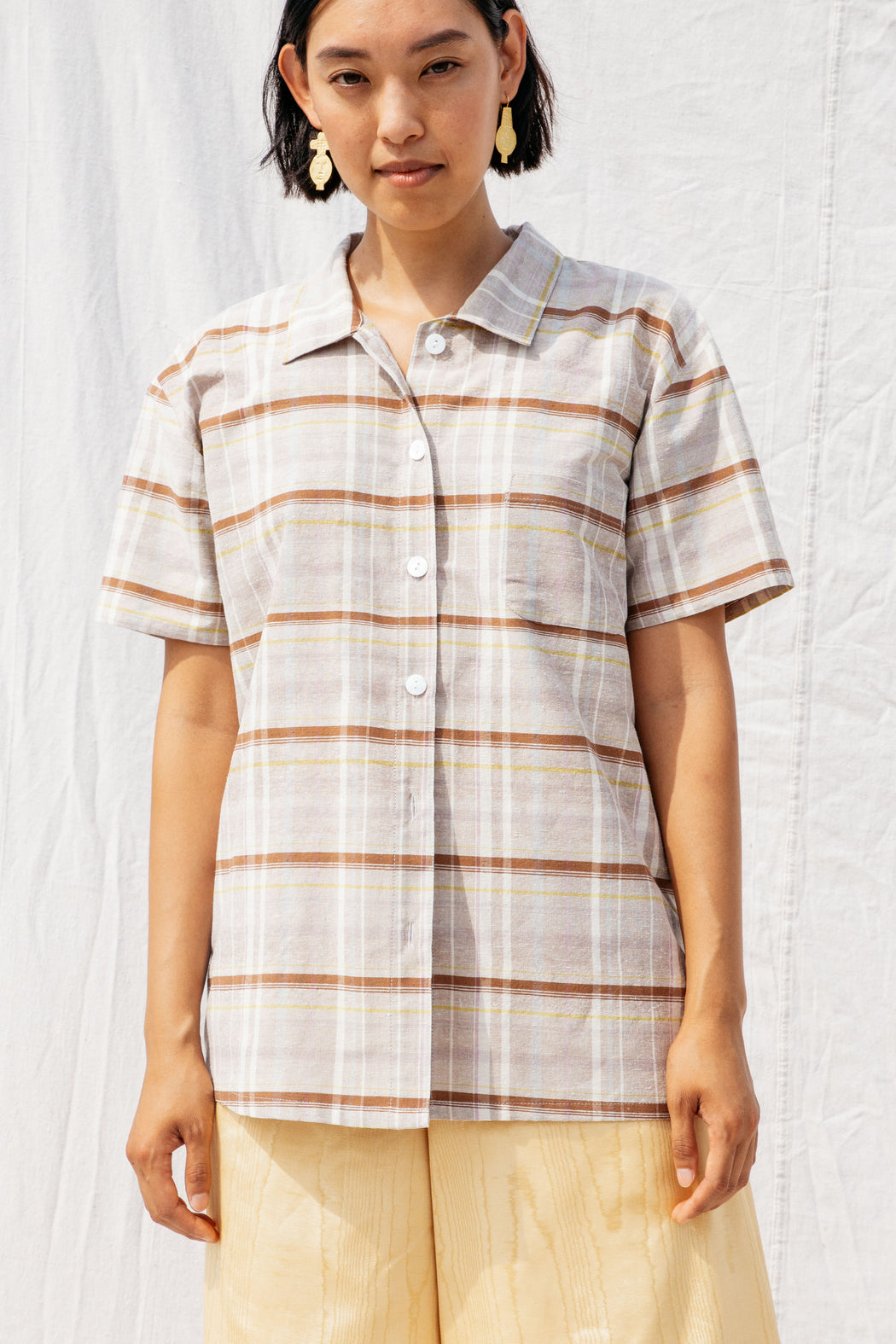 DYLAN SHIRT, KHAKI PLAID SILK