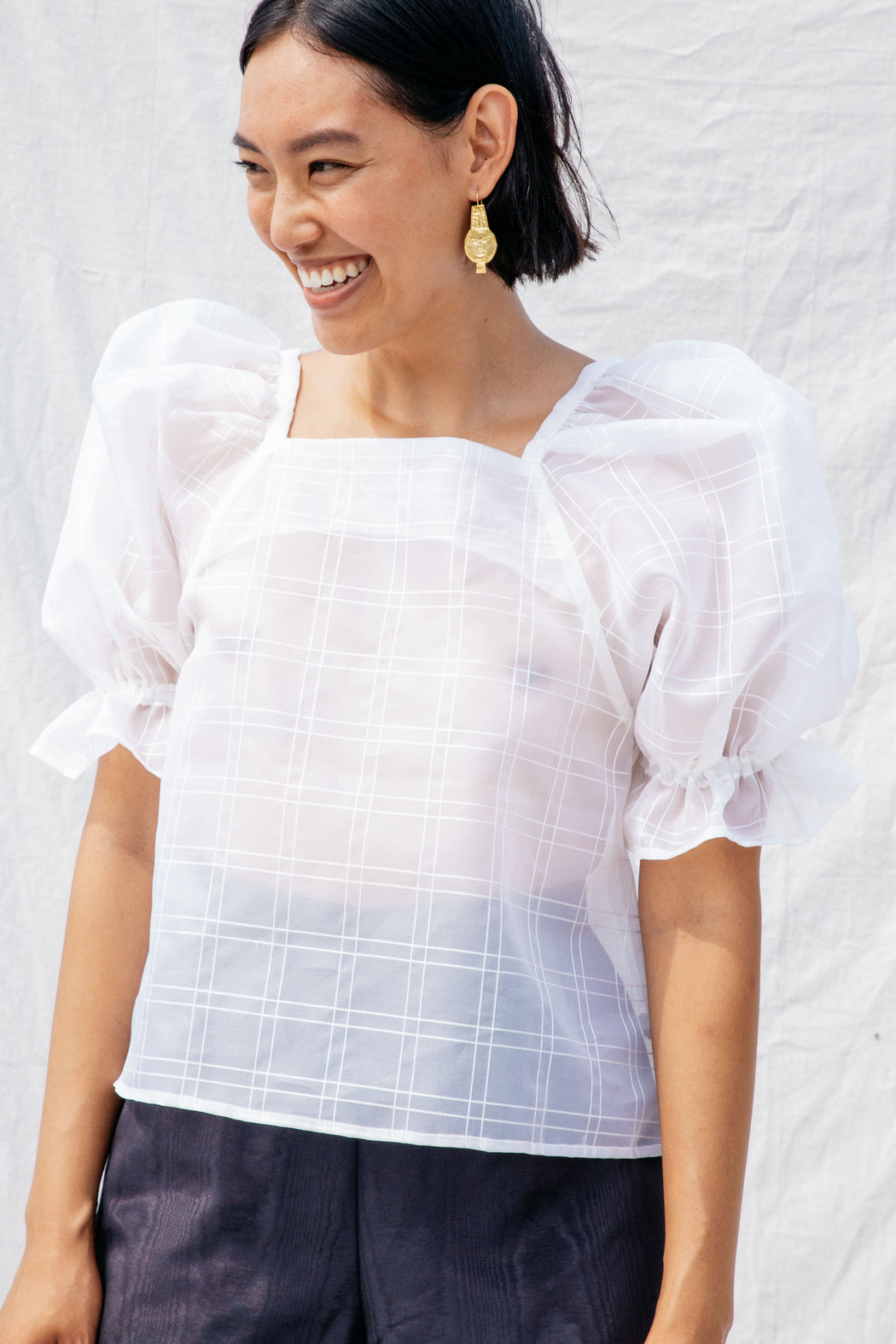 ZOOM TOP, SHEER WINDOWPANE