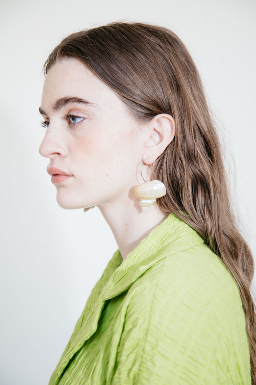 LUINY TURBO SHELL EARRINGS