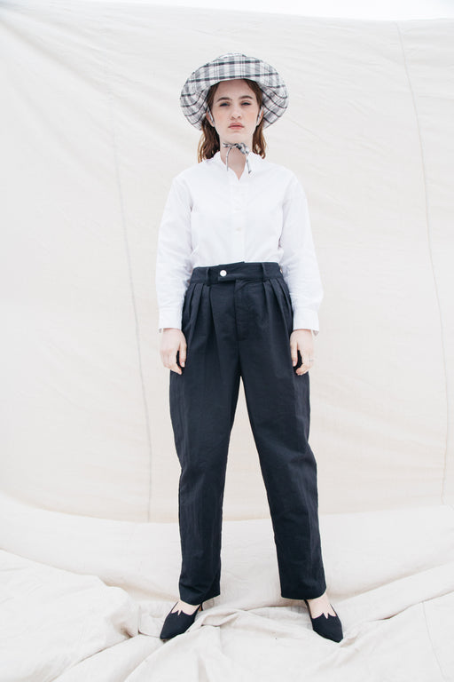 SOL PLEATED TROUSER - BLACK